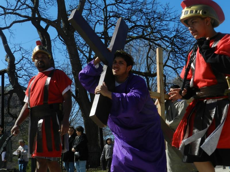 Actors recreate the biblical story of Jesus' crucifixion in Lansing