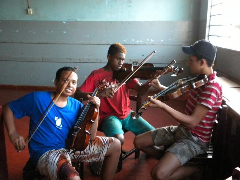Kids at the Nazare orphange in Pocone, Brazil.