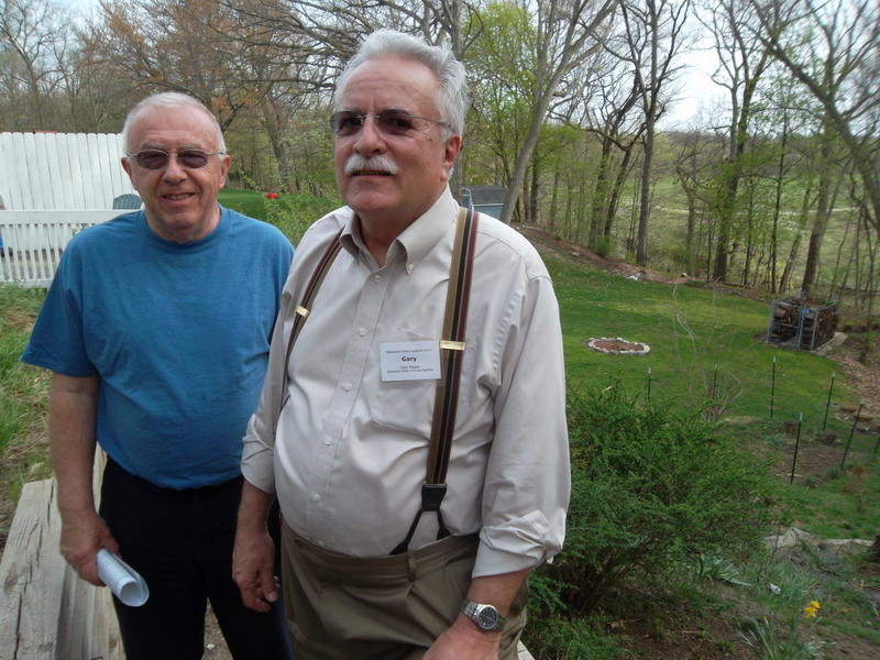 Gary Wager and Dick DeVisser both grew up near the paper mills when they were operational. They describe strong sulfur smells originating from the rotting wood pulp.