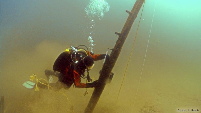 Jim Nowka diving on the beam.