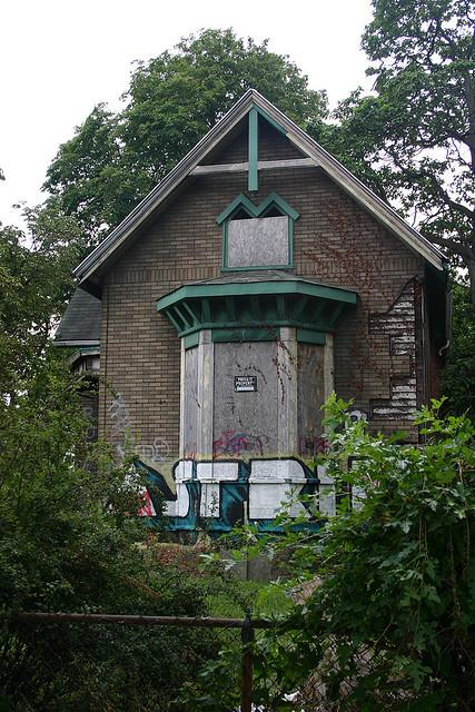 An abandoned Detroit home