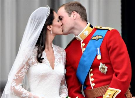 A royal kiss that led to a royal baby.