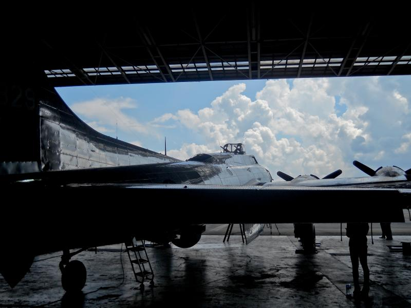 A back shot of the B-17.