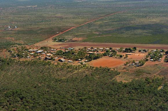 Aerial view of Lajamanu, where the new language was discovered.