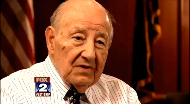 A screen grab of Manuel Moroun, in an interview with Fox's Charlie LeDuff in 2012