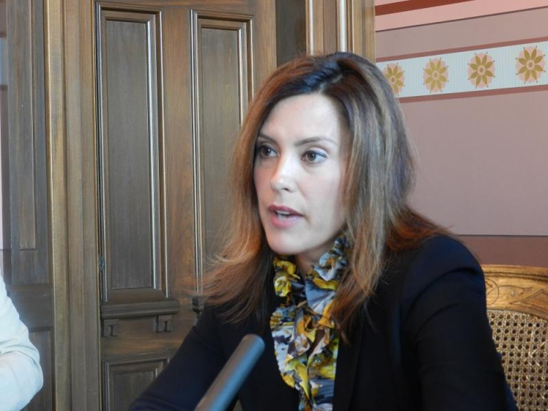 """""""Conversations are happening. That's a step in the right direction,"""" says Minority Leader Gretchen Whitmer"""