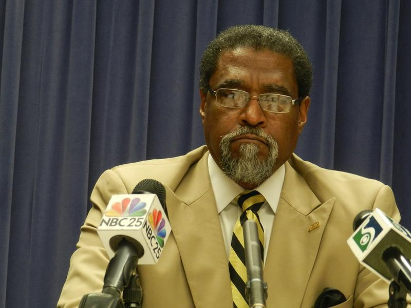 """""""The rates that you charge for a service should cover the costs of providing the service,"""" Flint EM Darnell Earley told reporters this morning."""