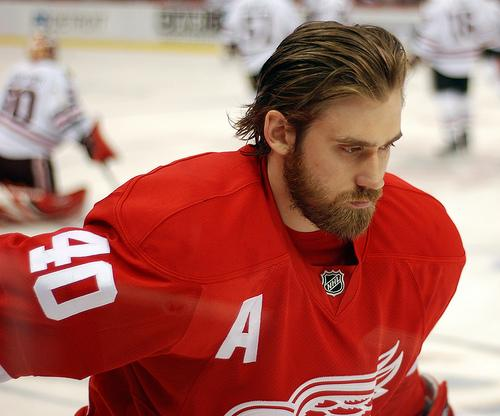 Henrik Zetterberg may not return to the Wings due to an injury.