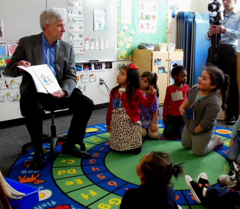 The preschoolers gave Snyder a book they made.