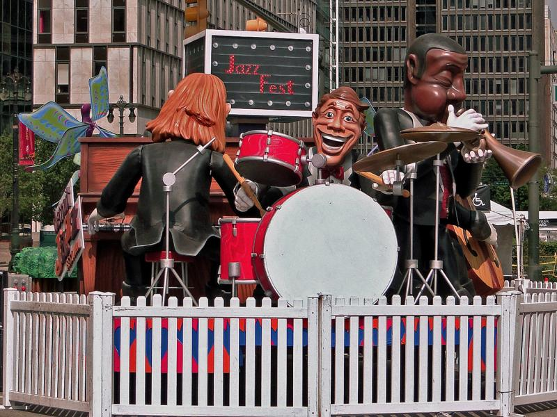 A Detroit Jazz Festival float.