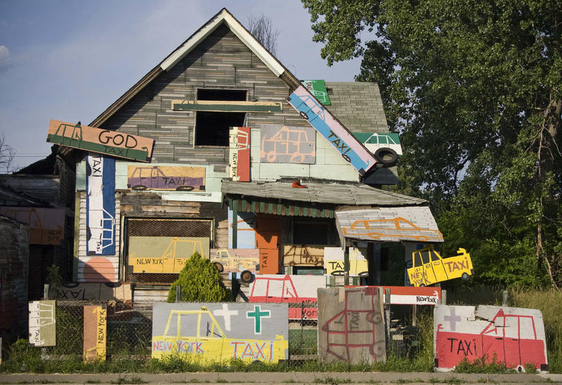 "The ""Taxi House"" in the Heidelberg Project."