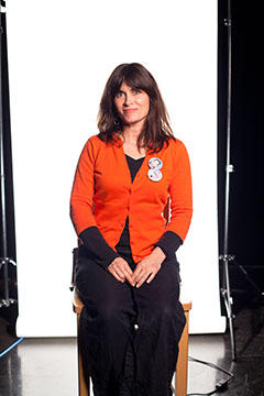 portrait of Phoebe Gloeckner
