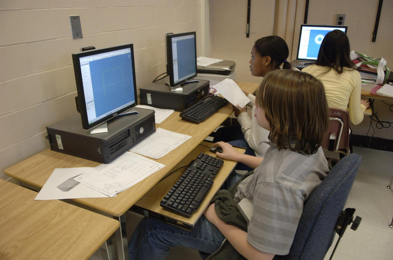 kids at computers