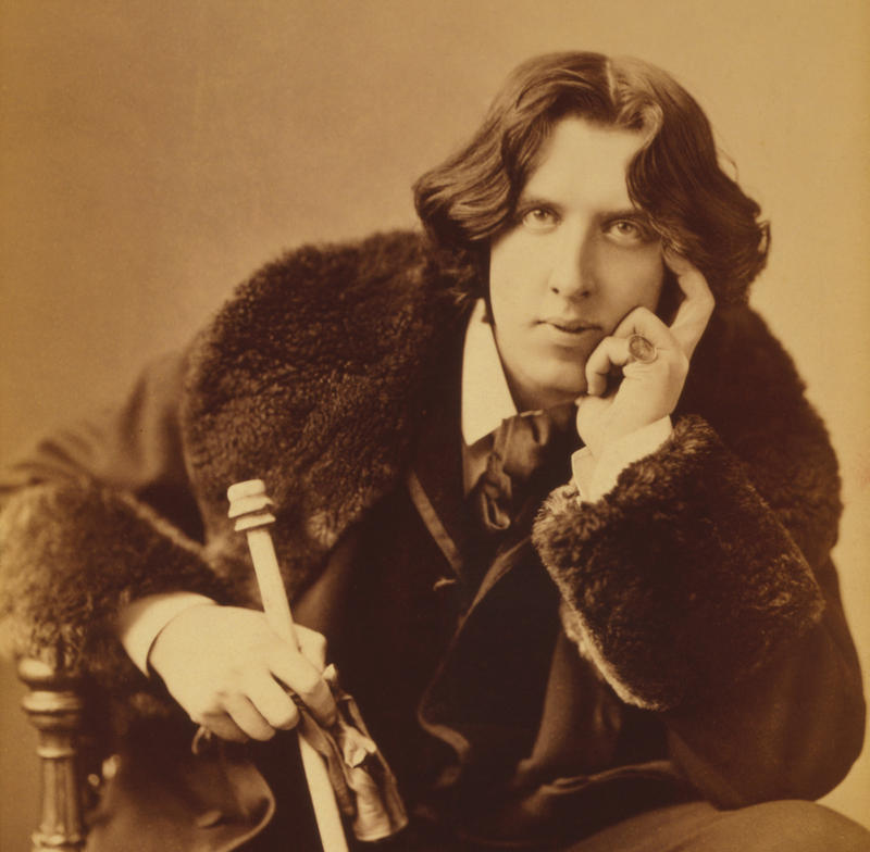 Portrait of Oscar Wilde, taken by Napoleon Sarony circa 1882
