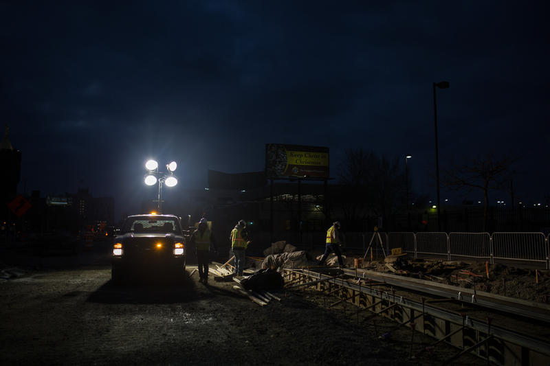 M-1 rail construction continues at the intersection of Woodward and Harper St.