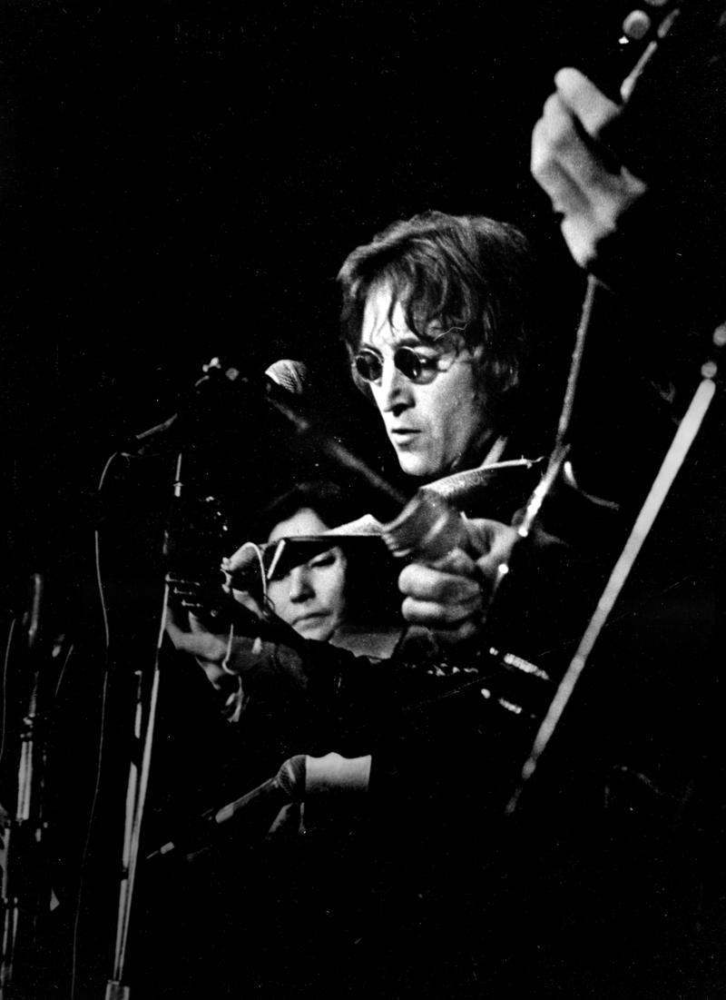 John Lennon & Yoko Ono in Ann Arbor, 1971