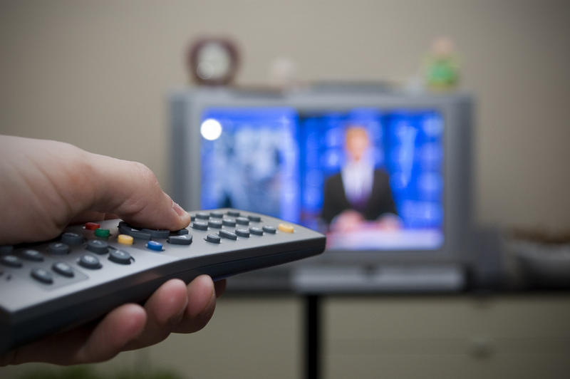 In a new study, Jessica Sloan Kruger found a correlation between binge-watching television and higher rates of stress, anxiety and depression.