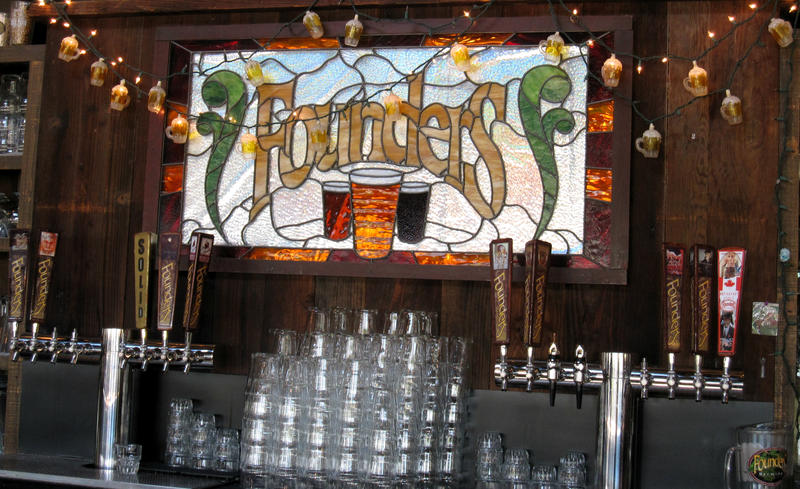The bar at Founders Brewing Company in Grand Rapids, MI