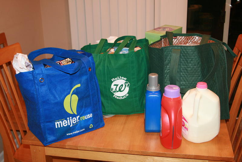 A 10-cent fee on grocery bags passed in Washtenaw County intends to incentivize the use of reusable bags and reduce waste.