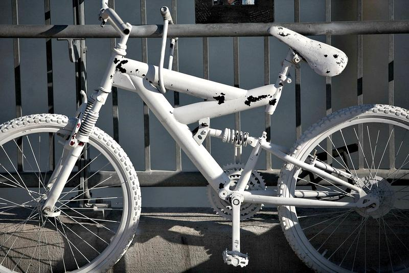 A bike painted white in memory of a cyclist