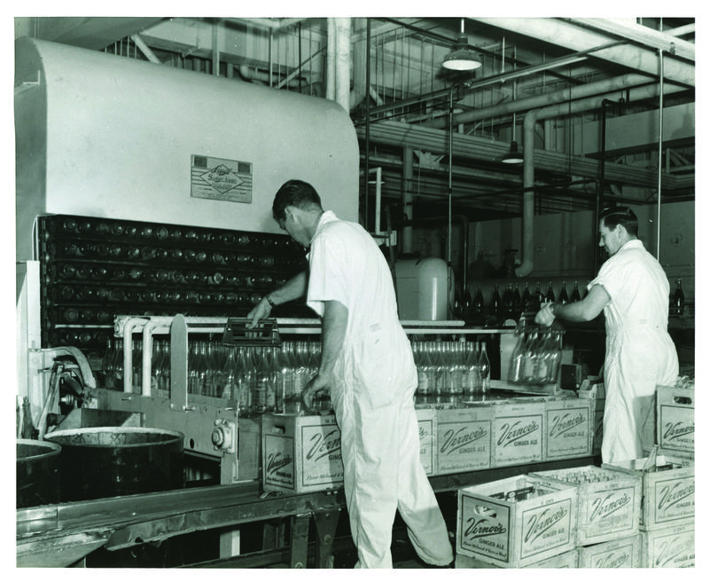 Vernor's workers in 1955.