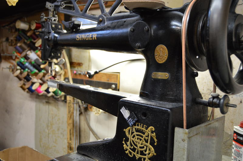 A 1915 Singer sewing machine.