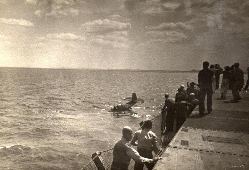 Archive photo of World War II pilots training on Lake Michigan.