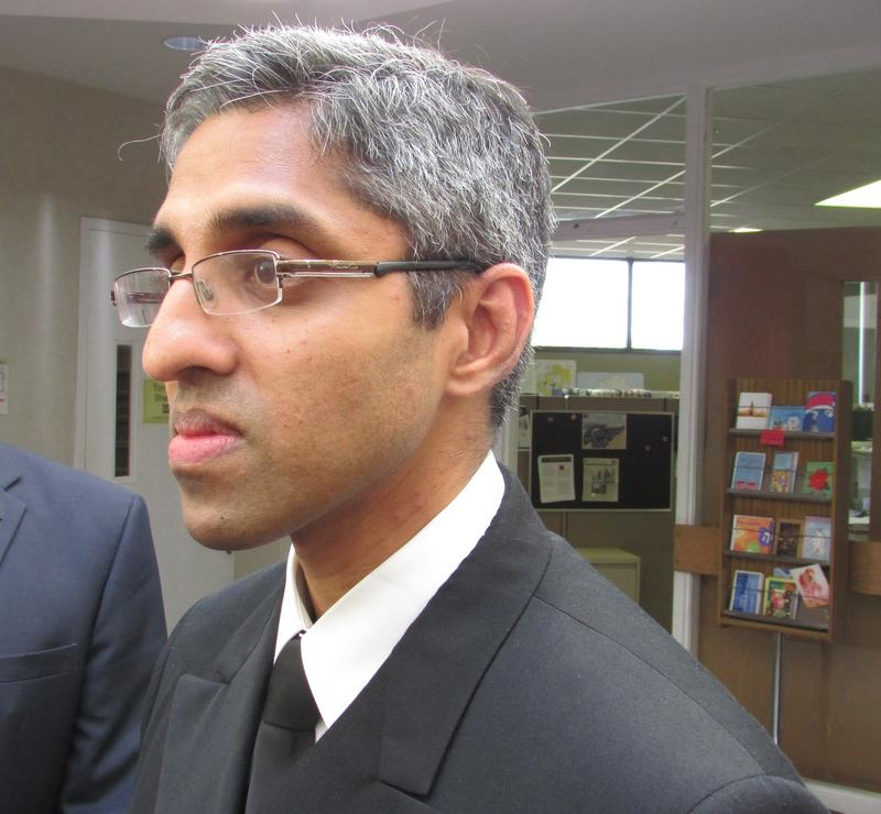 U.S. Surgeon General Vivek Murthy met with doctors and offiials in Flint, Michigan today to discuss the city's ongoing water crisis