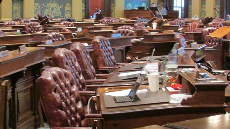 A House committee has approved a package of bills to expand the Freedom of Information Act (FOIA) to cover the governor and the legislature with a few exemptions.
