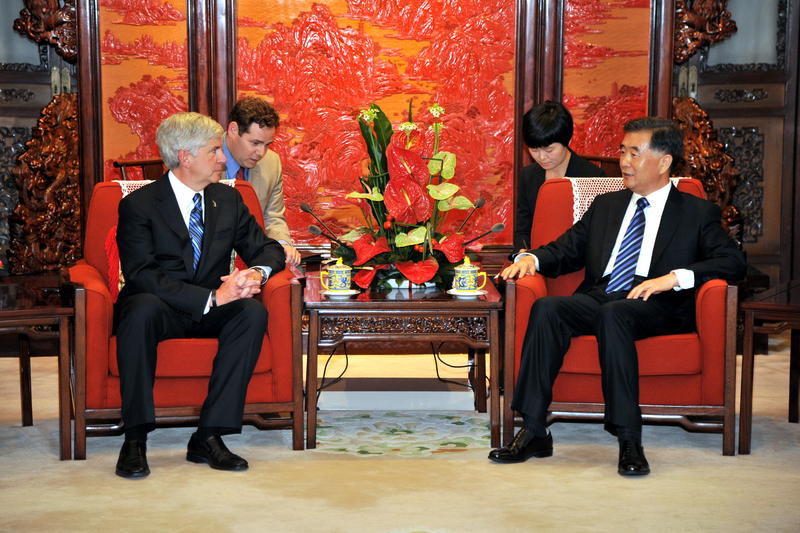 "Governor Snyder meets with China's Vice Premier Wang Yang in Zhongnanhai (China's ""White House"") on a trade and investment mission to China."