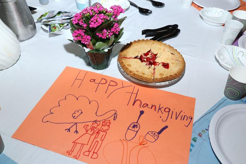 Drawing of a Thanksgiving dinner on a table at the Mel Trotter Thanksgiving dinner.