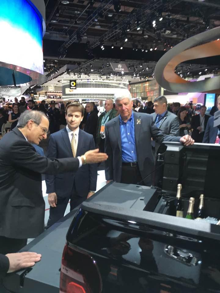 Gov. Snyder and Lt. Gov. Brian Calley at the Detroit auto show.
