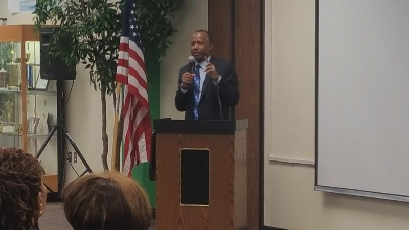 Ben Carson speaks in Detroit to start his