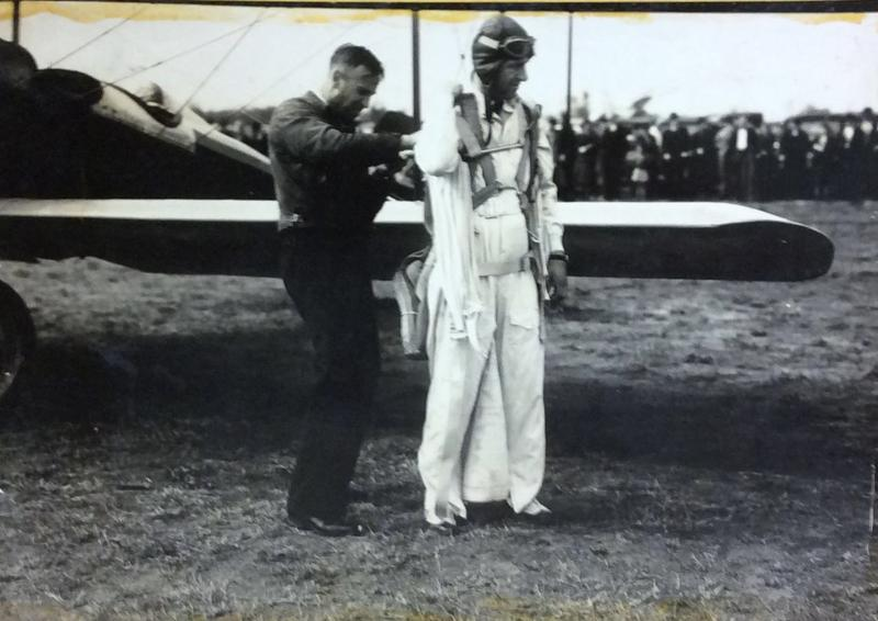 Clem and Art Davis prepare for a jump.