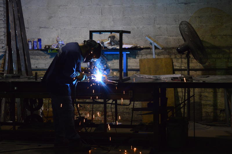 One of the welders at Diseños.