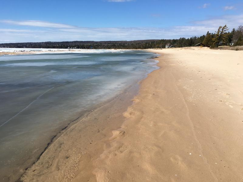 A beach along Little Traverse Bay near Petoskey.