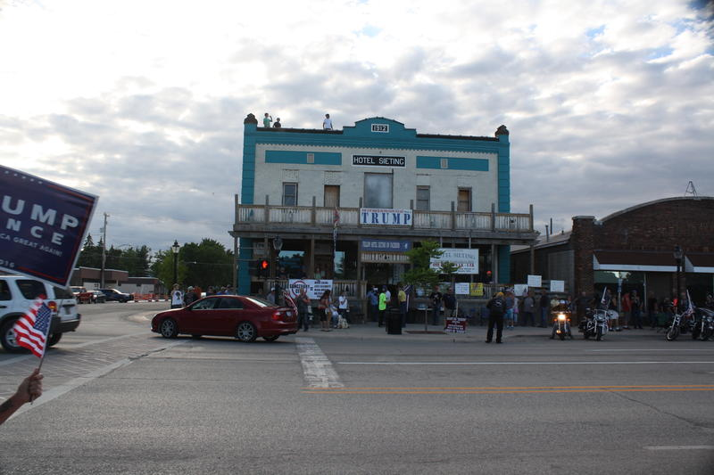 The Sieting Hotel in Kalkaska, where Jeff Sieting's supporters gathered for their own demonstration.