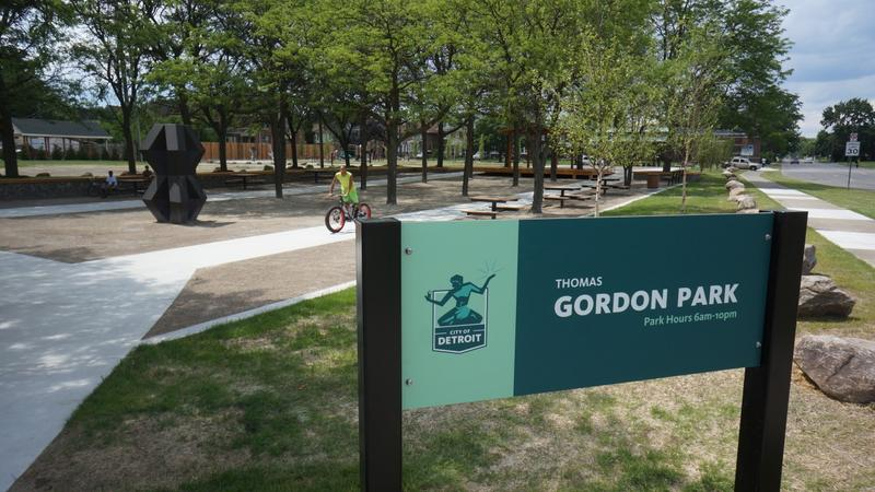 gordon park sign