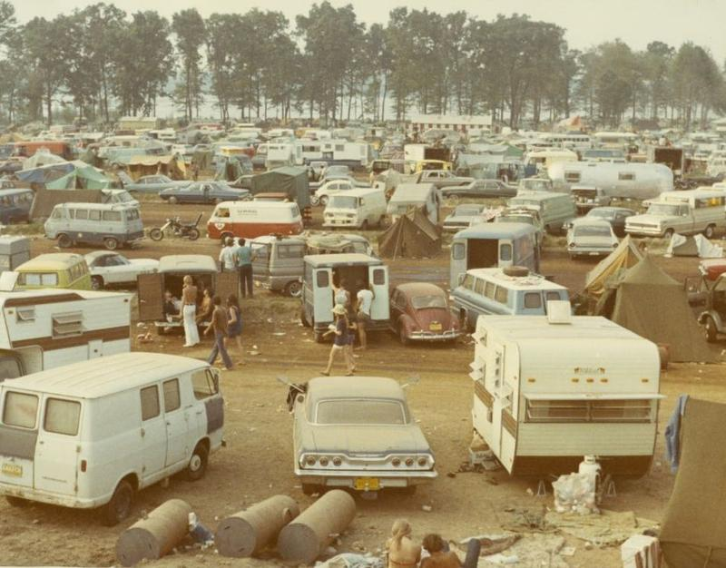 A crowded parking area at the Goose Lake International Music Festival in 1970.