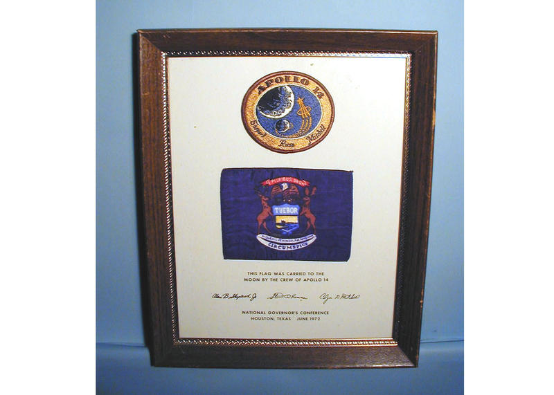 plaque with michigan flag