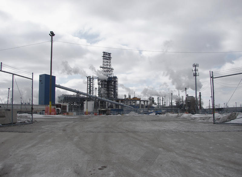 Marathon's Detroit Oil Refinery, the only oil refinery in Michigan. The activities here have been linked with increased rates of cancer in surrounding neighbourhoods.