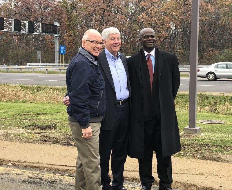 Gov. Snyder attended a ribbon cutting Monday to celebrate the opening of the Flex Routes along the US-23 corridor