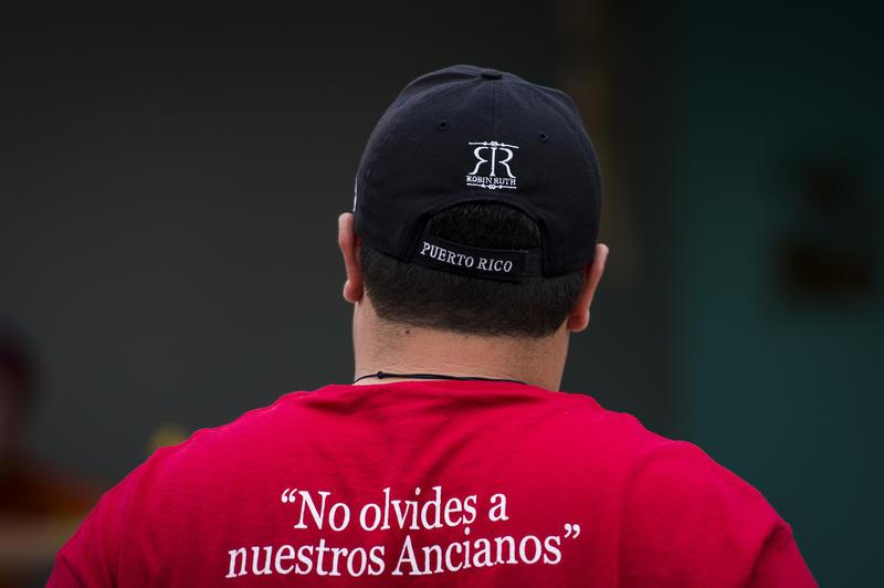 A Puerto Rican volunteer