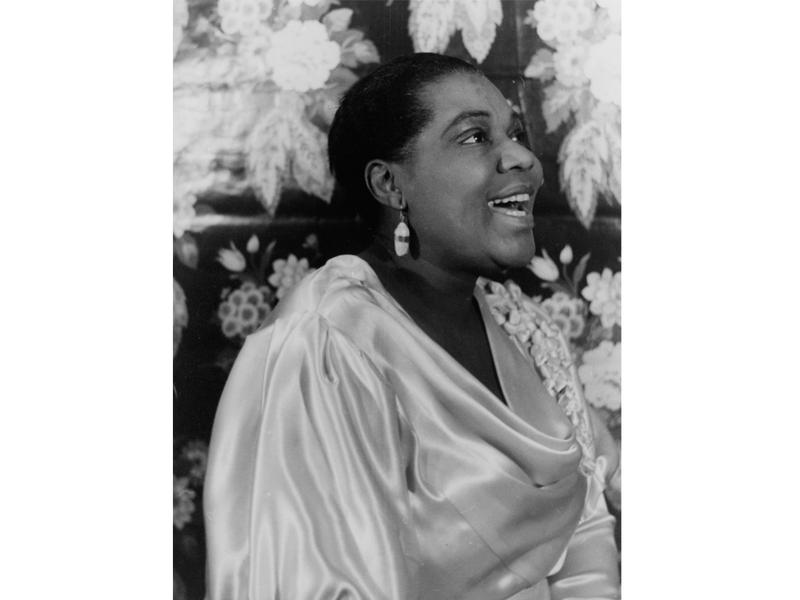 "By the end of the 1920s, Bessie Smith was the highest-paid black performer of her day, and earned herself the title ""Empress of the Blues."""