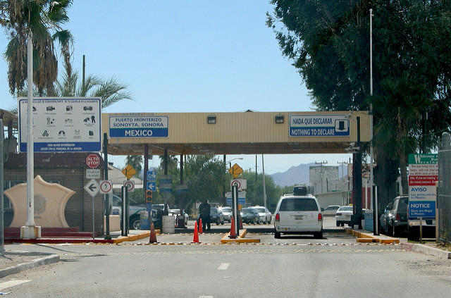 The border crossing at Lukeville, Arizona.