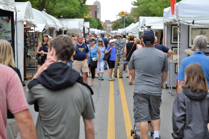 crowds at Ann Arbor Art Fair