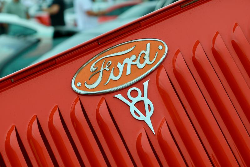 old school Ford logo