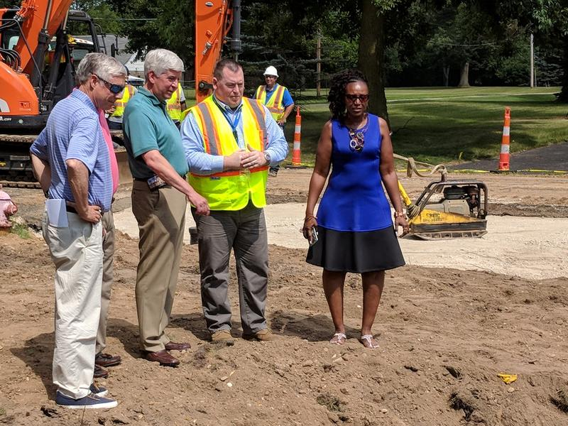 Governor Rick Snyder on construction site