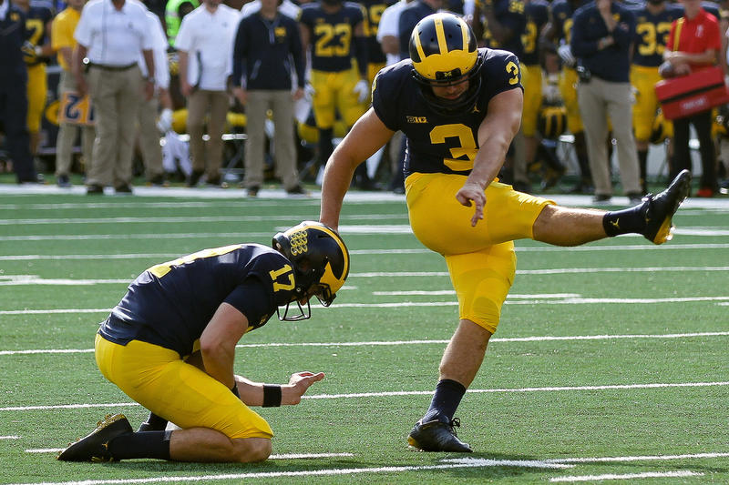 Michigan kicker Jake Moody
