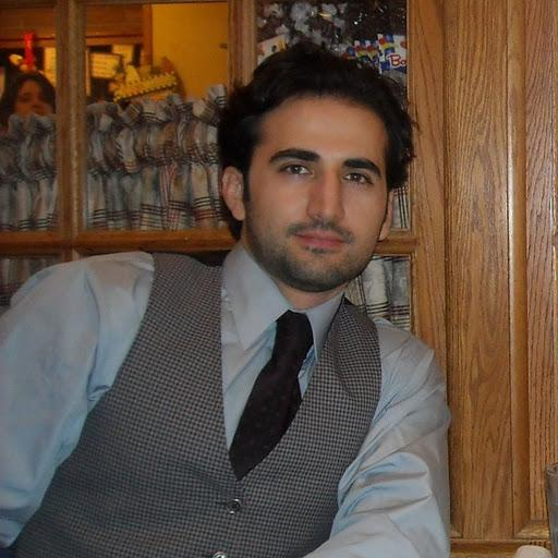 Photo of Amir Hekmati